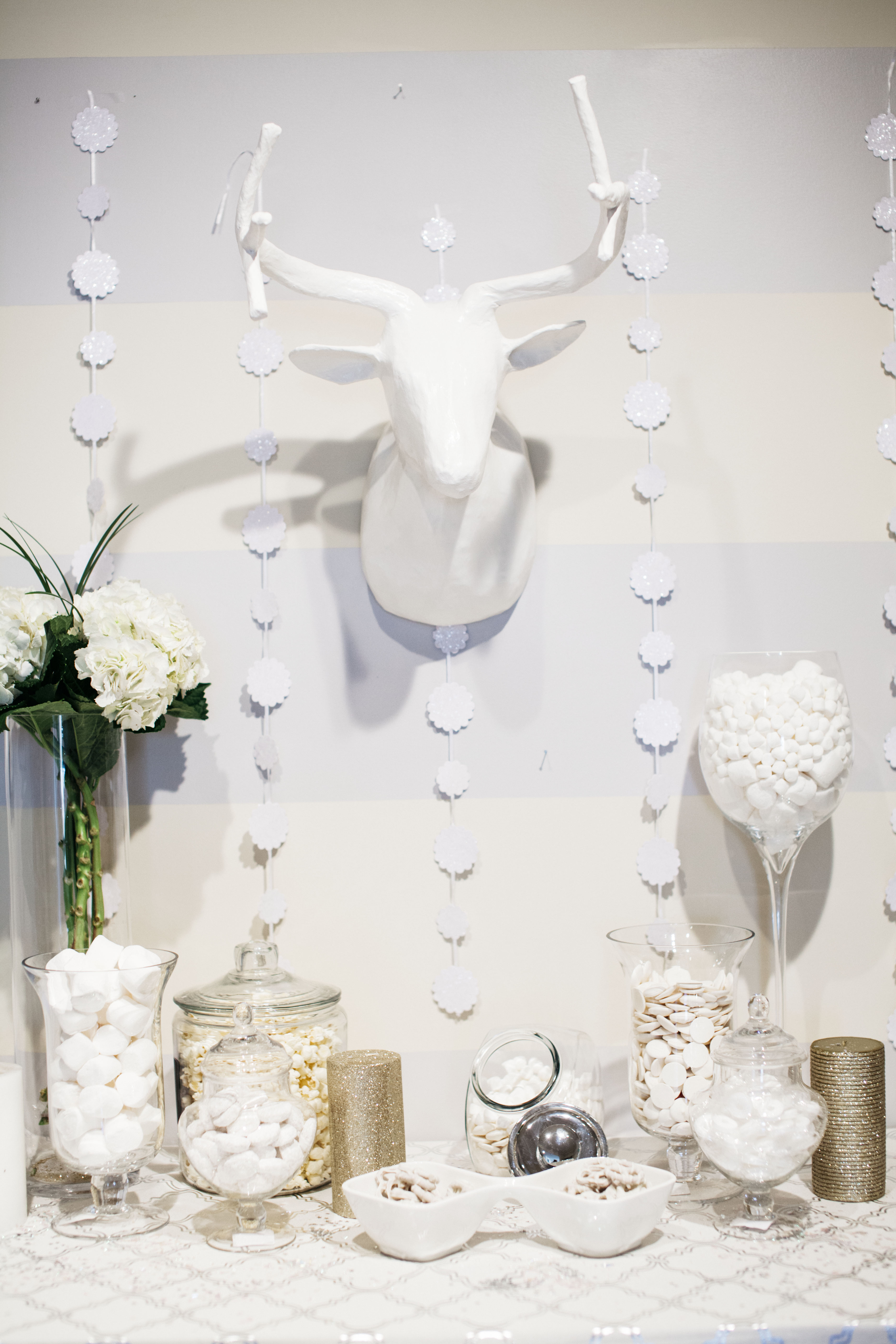 Winter White Party Decor Food A Photo Of Dyg By Ariana Clare 54