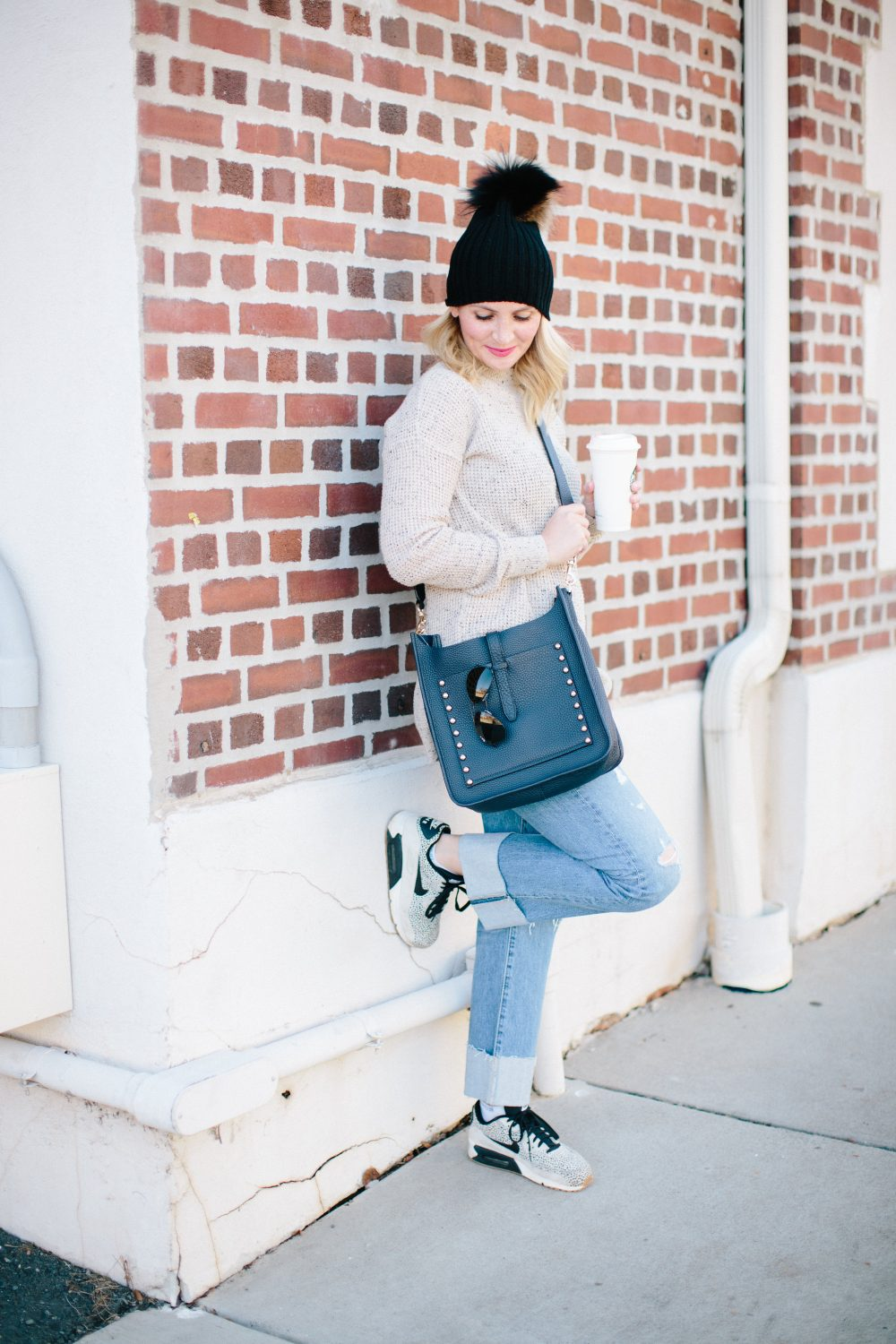 Mom Style - Tunic Sweaters and Distressed Denim