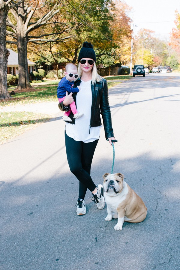 Blogger Kate Brennan of DYG is wearing Zella leggings with a Splendid tunic top and holding her daughter Summer Brennan with her English Bulldog, chic mom, sporty chic, mom style, nike, Zella, Splendid, Nordstrom, Ray-Ban, mom attire, athleisure