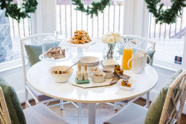 Chic and simple brunch for friends